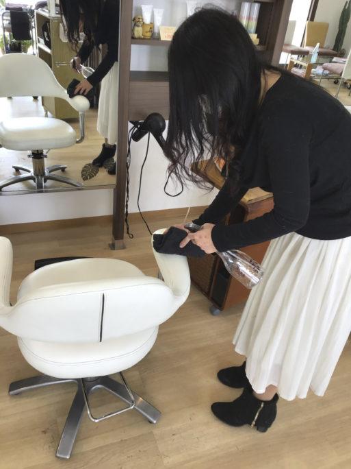 スタッフの手洗いうがいの徹底、マスク着用での施術