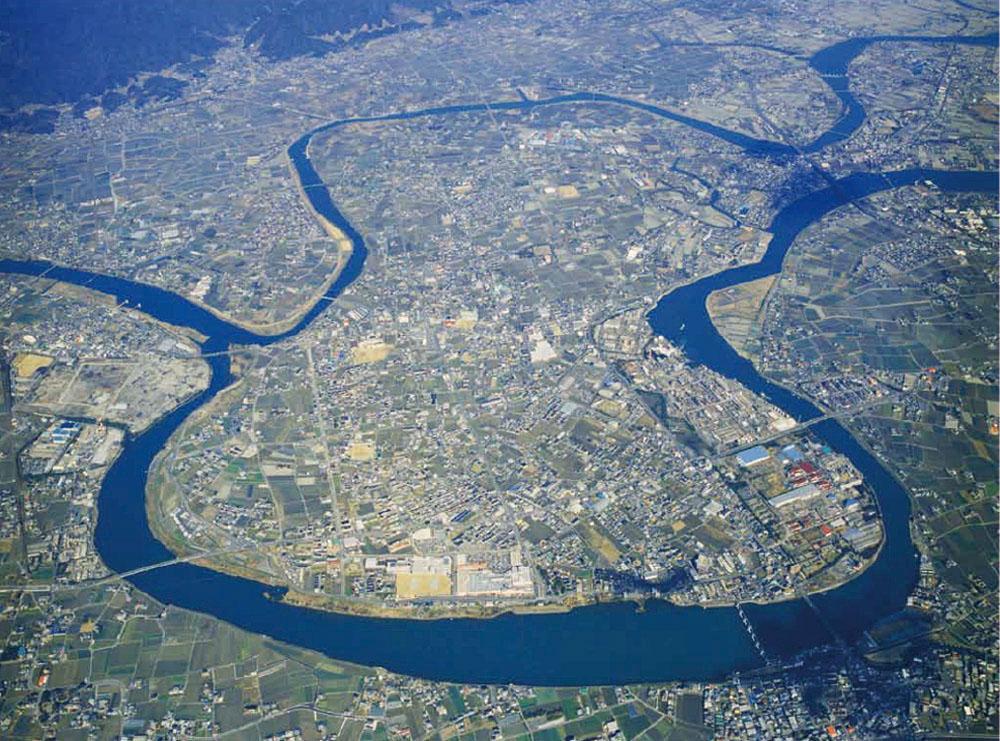 """空から見ると""""ひょうたん""""の形をした北島町"""